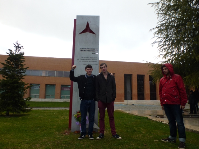 At the memorial to the International Brıgades