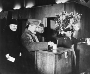 Stalin voting