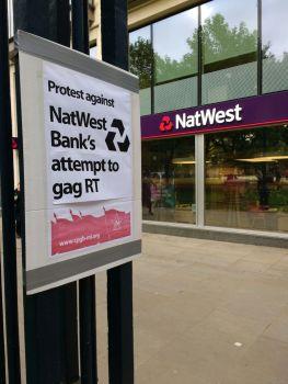 #BankXit